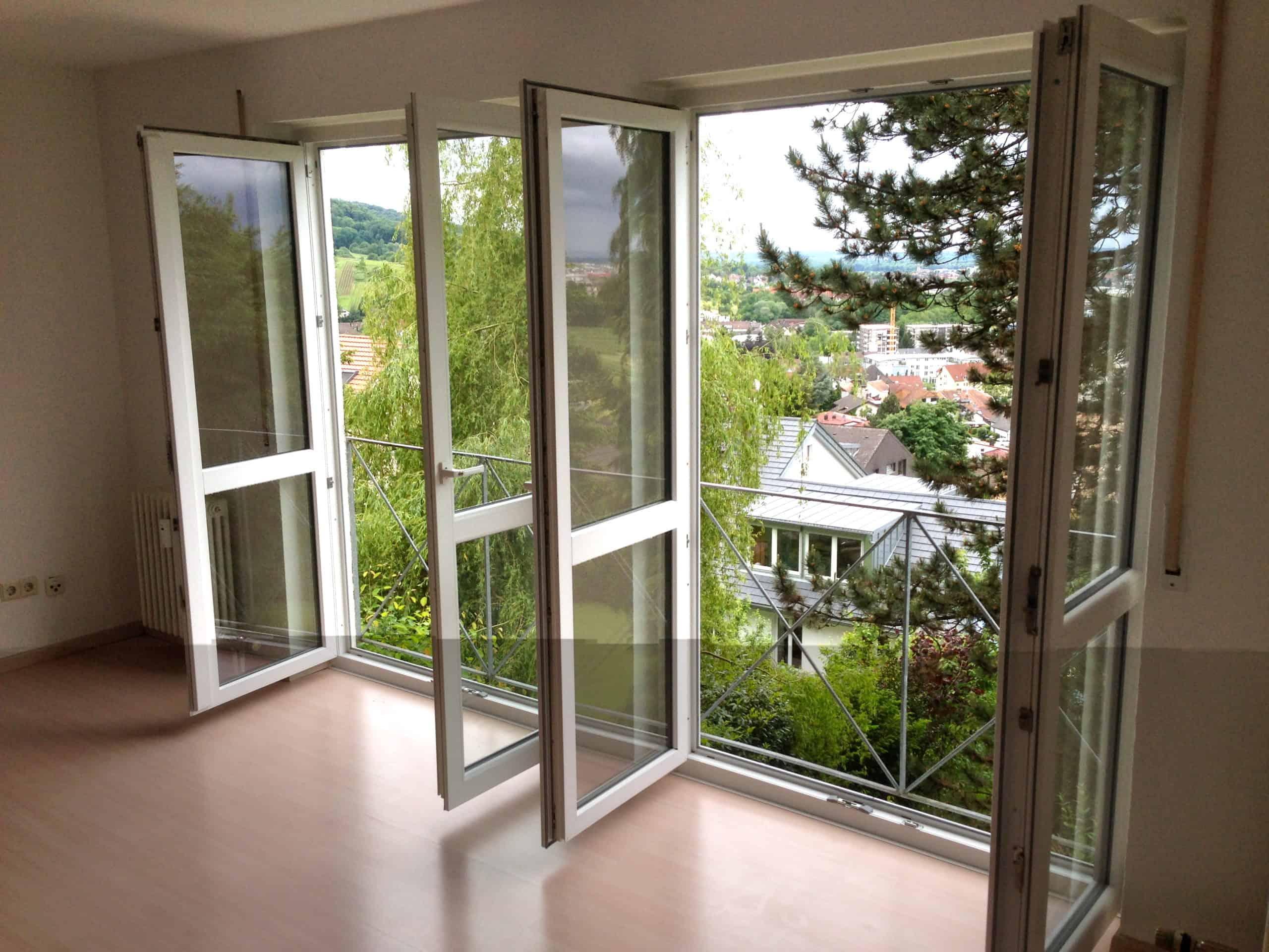 Traumhafte Wohnung mit Einbauküche und tollem Blick über Freiburg - Grundeigentum